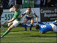 Simon Easterby scored Ireland's second try against Italy