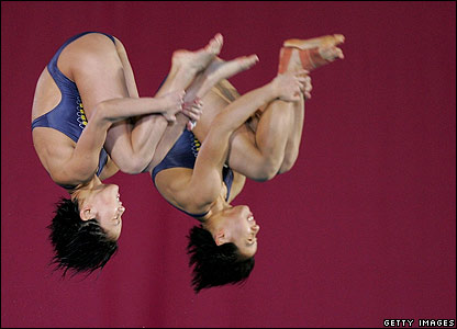 Women's 10m synchronised platform diving final in Melbourne, Australia