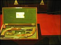 Те самые пистолеты мастера Ульбриха, которые были одолжены секунданту Дантеса