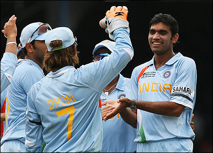 India's players congratulate Munaf Patel