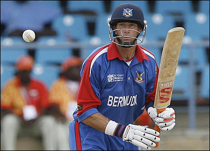 David Hemp top scores for Bermuda with 76