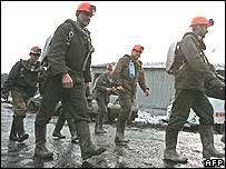 Rescuers at stricken mine in Kemerovo