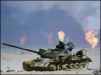 Iraqi tank in front of Kuwaiti oil fields 1991