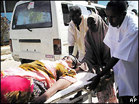 Woman wounded in Mogadishu fighting - file photo