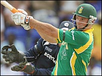 South Africa captain Graeme Smith scored 91 off 65 deliveries