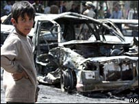 Scene of car bomb in Baghdad, 20-03-07