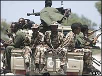 Somali soldiers patrolling Mogadishu's streets
