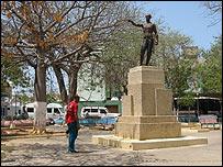 Monumento a Jos� Leonardo Chirino