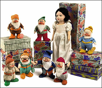 Chad Valley Snow White and the Seven Dwarves, 1938 Estimate:  �700 -1000  (Christie's Images)