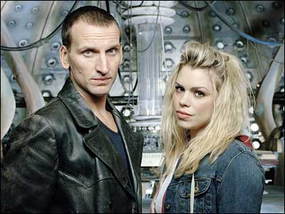 Christopher Eccleston and Billie Piper in the Tardis