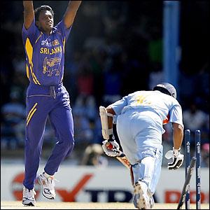 Dilhara Fernando then bowls Sachin Tendulkar