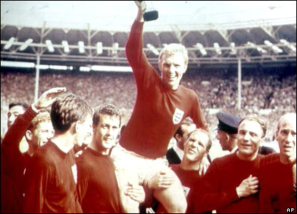Bobby Moore and the England team celebrate their win in the 1966 World Cup final at Wembley
