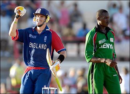 Kevin Pietersen celebrates