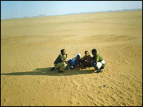 Eritrea refugees in the Sahara desert