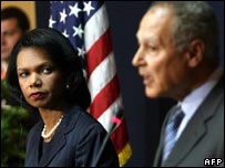 Condoleezza Rice (left) and Egyptian Foreign Minister Ahmed Abul Gheit (right)