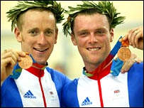 Bradley Wiggins and Rob Hayles