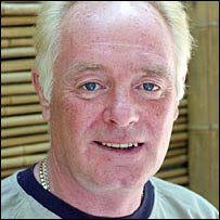 Bruce Jones as Les Battersby in Coronation Street