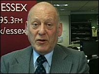 Viewer Ronald Feltham