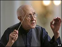 Mstislav Rostropovich (file pic)