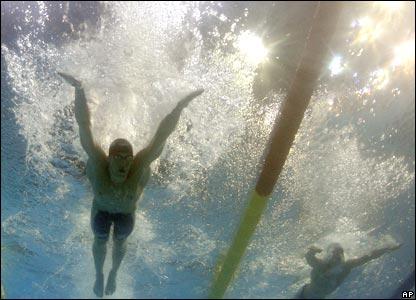 Vista bajo el agua de Michael Phelps