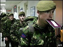British soldiers returning from Bosnia