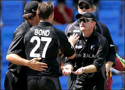 Shane Bond takes his first wicket courtesy of Scott Styris's catch