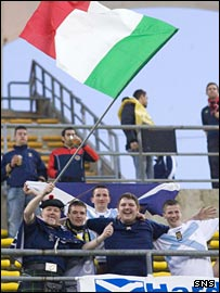 Italy and Scotland supporters make friends at Wednesday's match