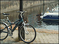 Bike and boats at Swansea Marina (pic: Stephen Gallagher)
