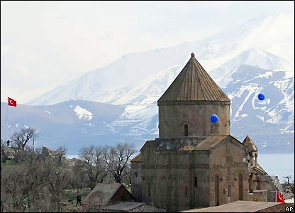 Akhtamar church, the lake, mountains