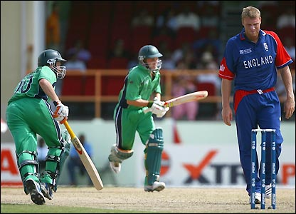 Flintoff watches as Ireland pile on the runs