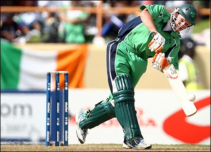 Niall O'Brien impresses with the bat