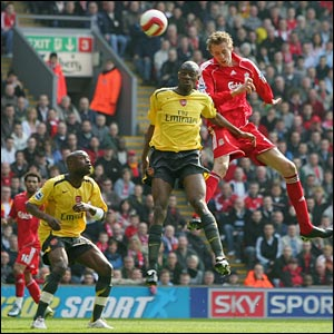 Peter Crouch scores Liverpool's second goal