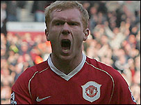 Paul Scholes celebrates his equaliser against Blackburn in Man Utd's 4-1 win