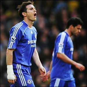 Frank Lampard reacts to a missed chance