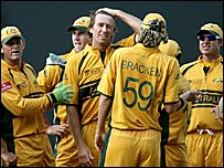 Australia celebrate Glenn McGrath's record