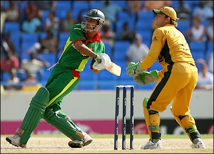 Mortaza sends a shot towards the boundary