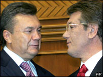 Viktor Yanukovych (left) and Viktor Yushchenko