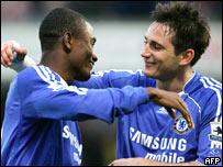 Salomón Kalou y Frank Lampard