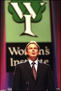 Tony Blair giving a speech to the Women's Institute in 2000 and receiving a slow hand-clap