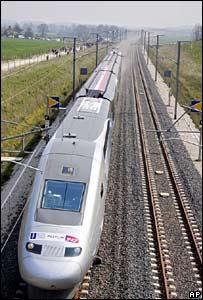 _42760289_train_ap_story300.jpg
