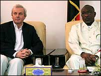 UN humanitarian envoy John Holmes and North Darfur Governor Mohamed Yussuf Kebir.