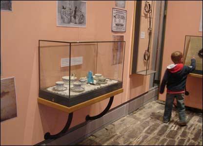 slave trade exhibition