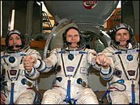 Oleg Kotov, Fyodor Yurchikin and Charles Simonyi