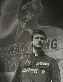 """David Buck, en el papel de Winston Smith, en """"1984""""."""