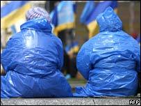Сторонники премьера Януковича на киевском Майдане