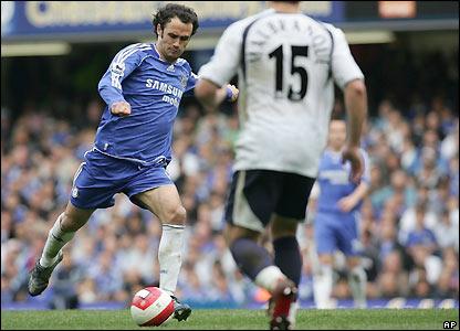 Ricardo Carvalho fires home
