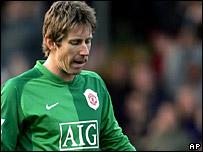 Man Utd goalkeeper Edwin van der Sar