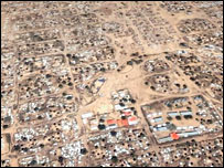 Image of the Mornei camp, populated by people displaced by Darfur's conflict