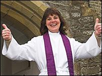 Rev Nia Wyn Morris