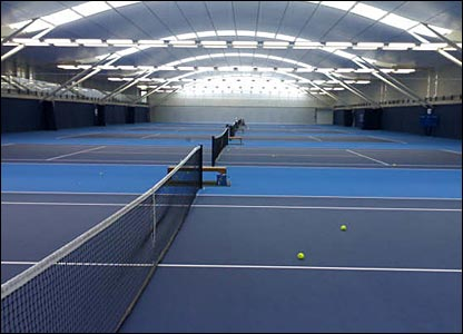 There are six indoors courts among the 22 in total. They play at a slow/medium pace similar to that used in the Davis Cup tie against Switzerland 